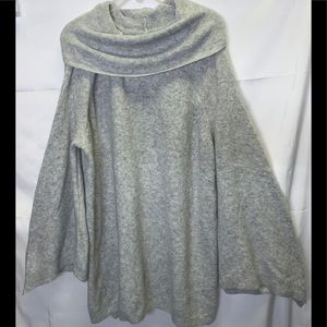 Lane Bryant gray Sweater size 22/24 Cowl Neck
